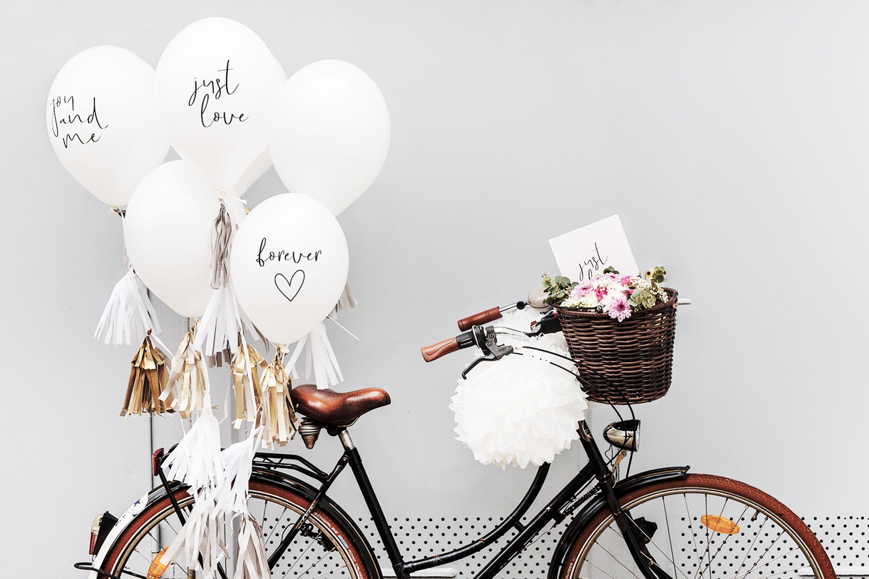 JO_and_jUDY_Wedding_blog_ballons5acf05156e266