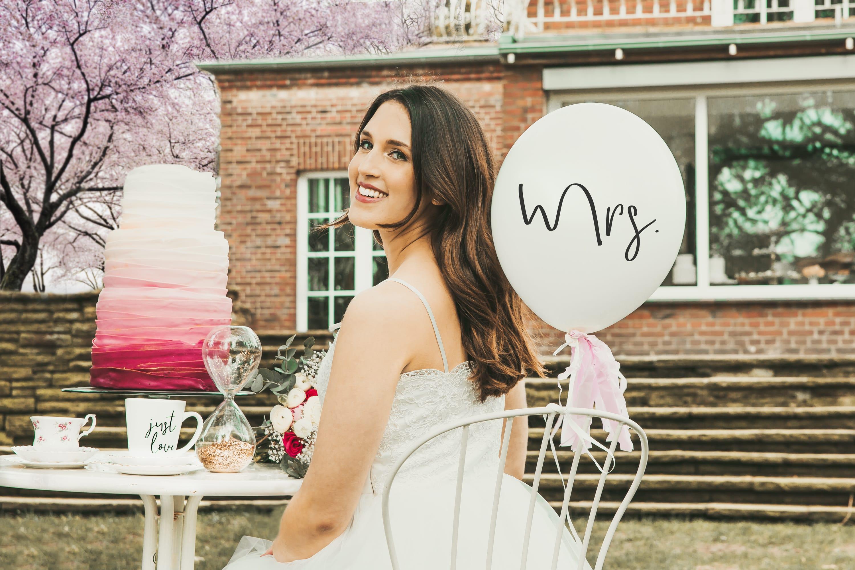 inside wedding lettering luftballons eine tasse voller liebe jo judy. Black Bedroom Furniture Sets. Home Design Ideas