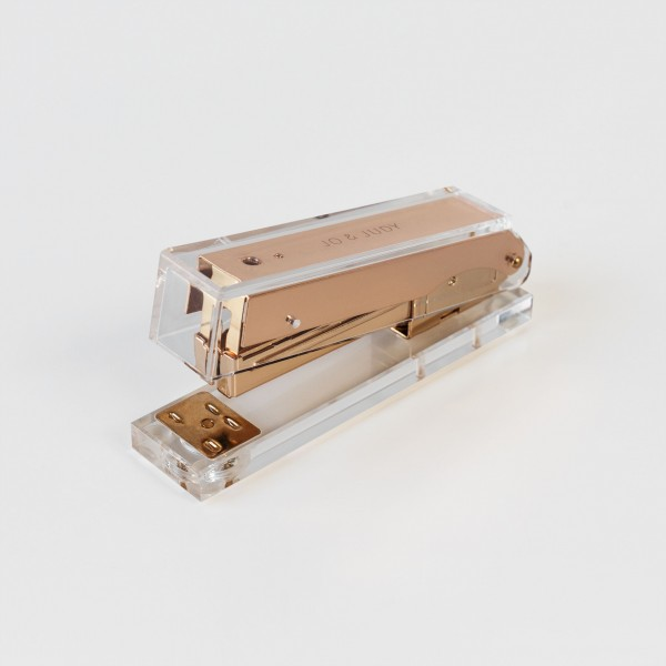 JO & JUDY – Stapler – Gold & Acryl Design