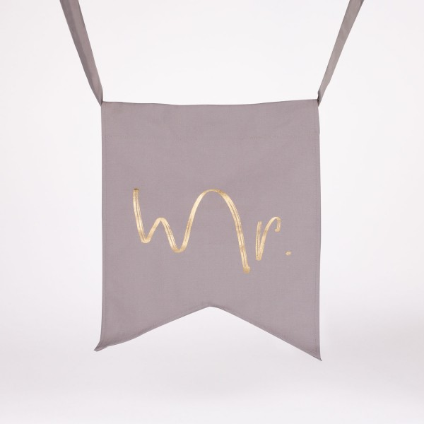 "Wedding Chair Banner ""Mr"""
