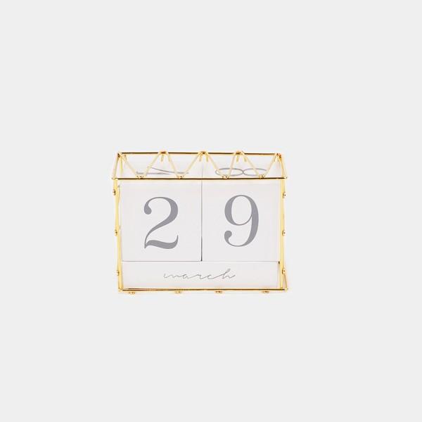 Desk Calendar Cubes