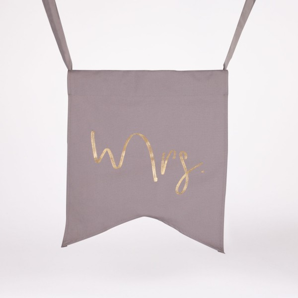 "Wedding Chair Banner ""Mrs"""